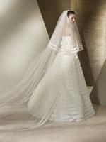 Необычное пышное от талии свадебное платье San Patrick из органзы с...