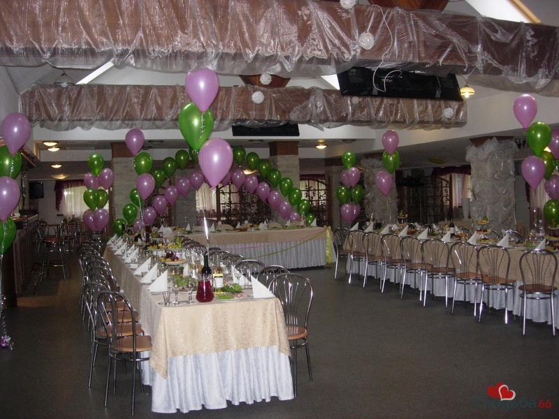 Как недорого украсить зал на свадьбу своими