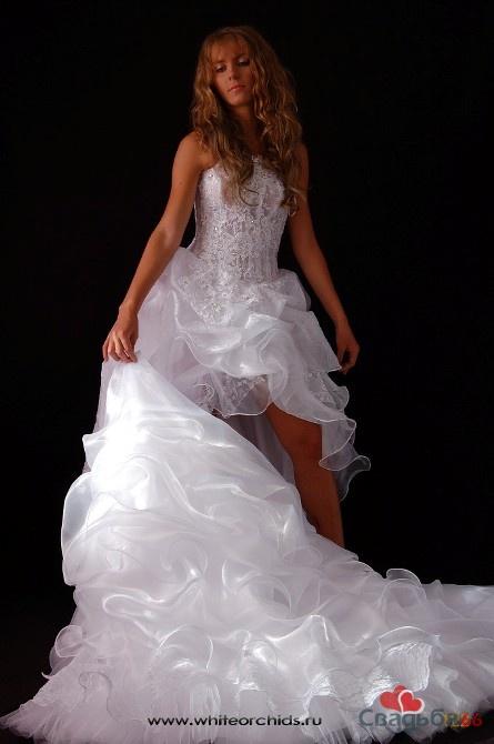 Свадебные платья с фото - купить ... * Купить свадебное платье в Москве по доступным ценам. Короткие свадебные платья с фото