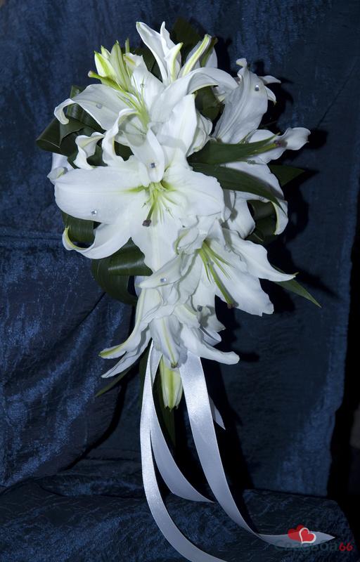 лилии - Свадебные платья и аксессуары